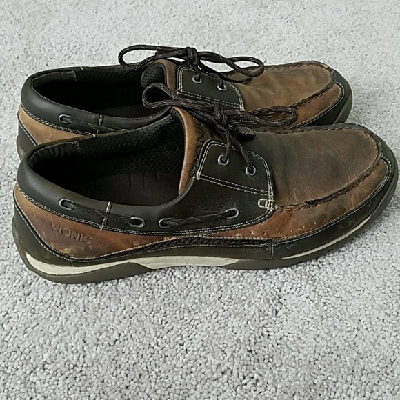 110244ef380 Vionic men s shoes. M 5aa7f71d31a376d4c40dcdf9